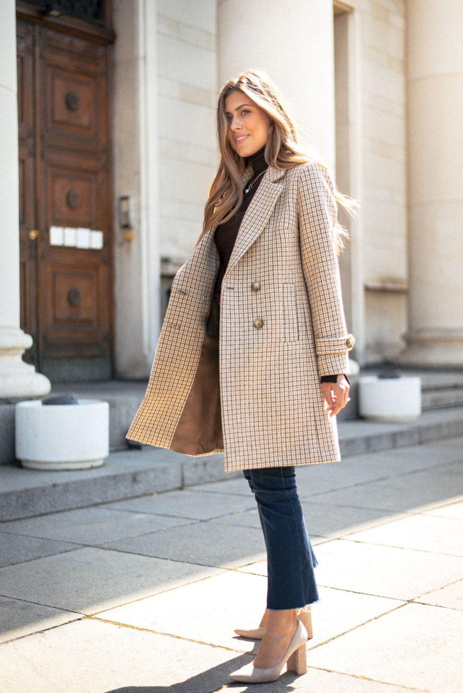 Karina coat autumn look