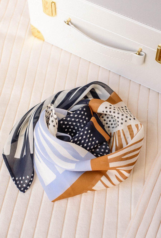 Eva scarf