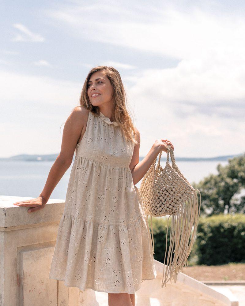Denina Martin рокля от памъчна смес